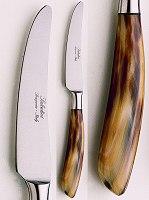 Saladini knife: coltello da tavola curvo