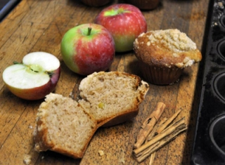 Alice's Apple Muffins