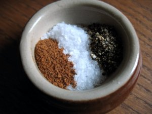 Mac and Cheese Seasoning: Nutmeg, Maldon Salt and Cracked Black Pepper