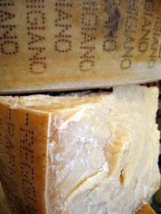 Cravero Parmigiano Reggiano - made with animal rennet