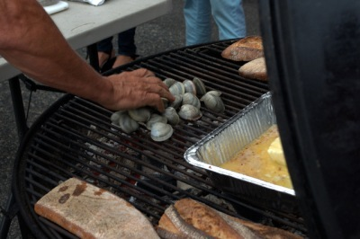 Clams on the Grill with Chris Schlesinger