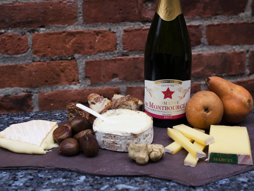 Montburgeau Cremant du Jura and winter cheeses